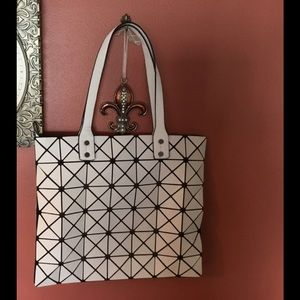 Handbags - Geometric White Tote